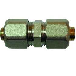 Муфта обжимная соединительная резьбовая для металлопластиковых и PEX труб (Фитинги винтовые MULTI-FIT Comisa)